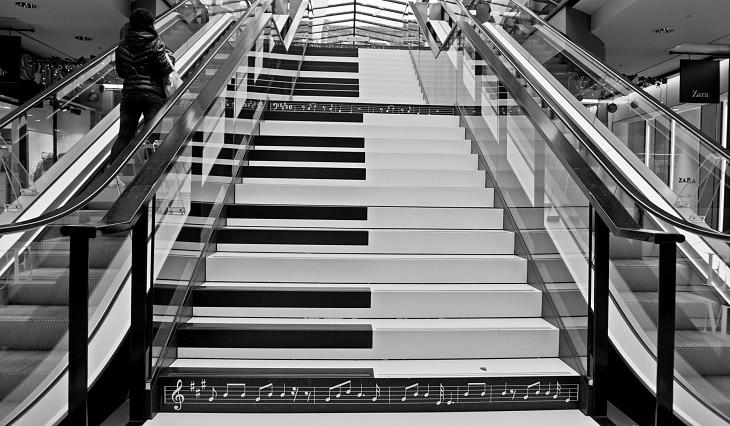 piano escalier nudge